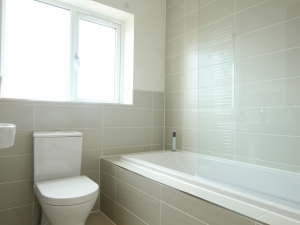 Plot 18 - The Denby - Bathroom